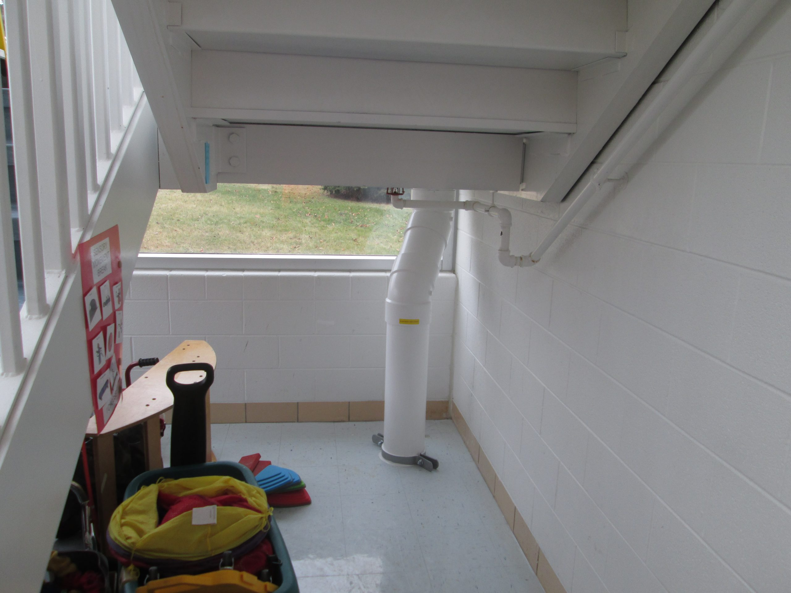 radon-mitigation-system-school-11